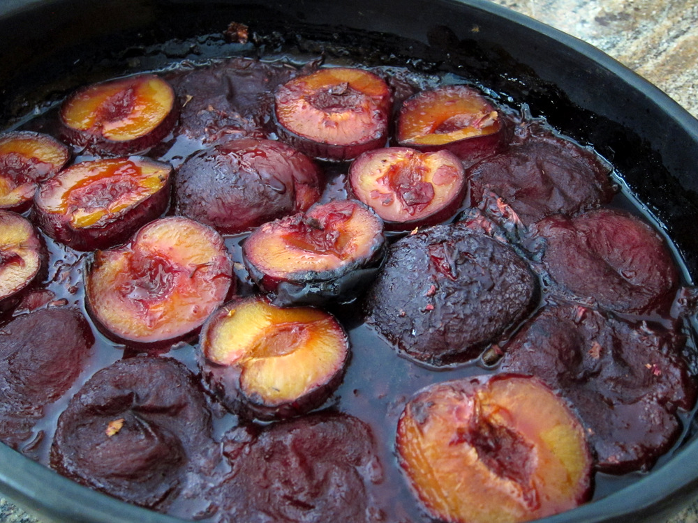 pudding with roasted plums plum oat rosemary crisp coconut chai rice ...