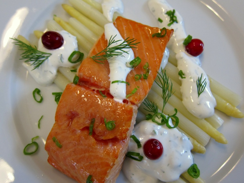 Salmon-Asparagus-Sour Cream3