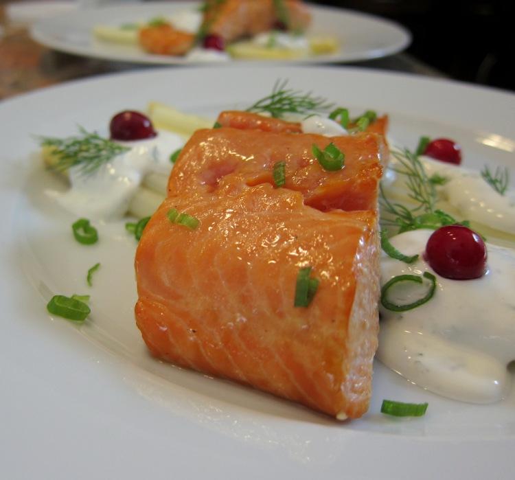 Salmon-Asparagus-Sour Cream4