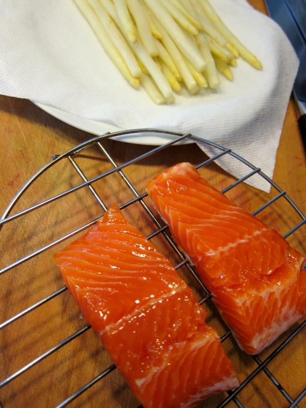 Salmon-White Asparagus