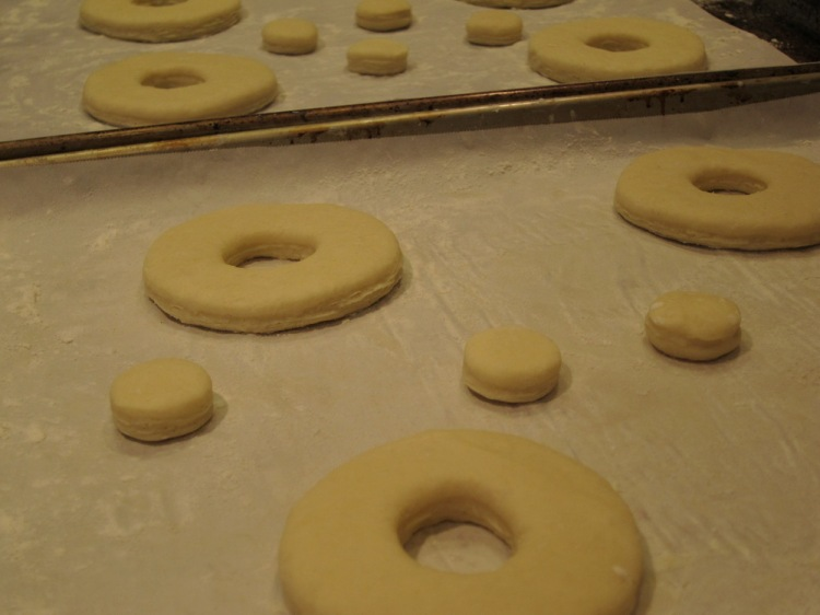 Cronuts proofing
