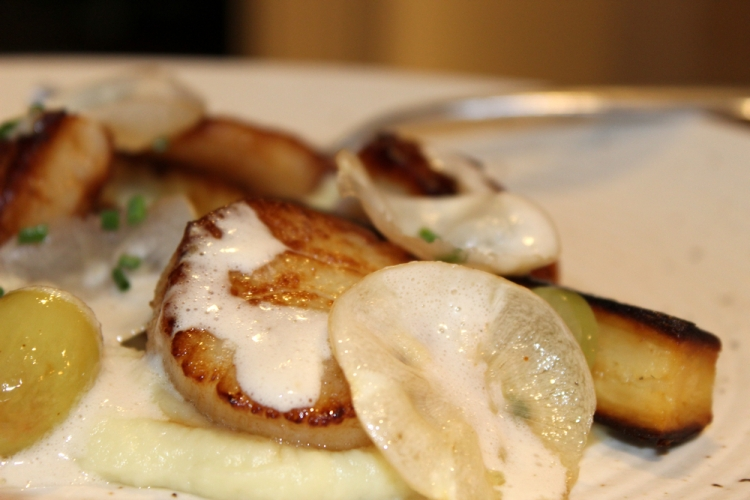 Scallops-Parsnips-Grapes5